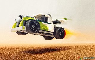 Review: 31103 Rocket Truck