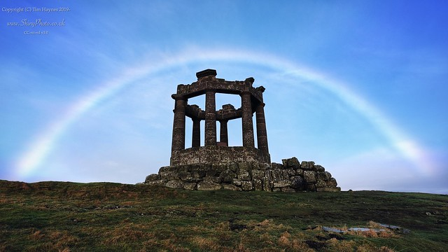 Cloud-bow, Stonehaven War Memorial