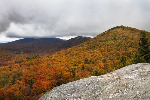 20mmf17panasonic appalachianmountains appalachiantrail deerleap em5 greenmountains jpeg killington newengland omd olympus vt vermont autumn clouds fall foliage forest hills landscape leaves mirrorless panorama trees