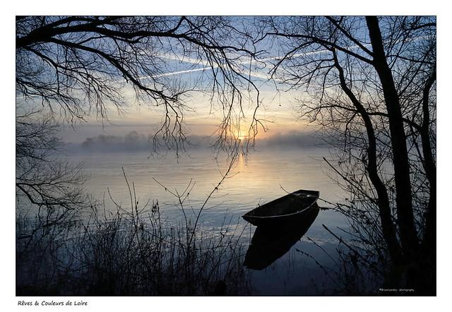 Lever du jour sur une plate de Loire