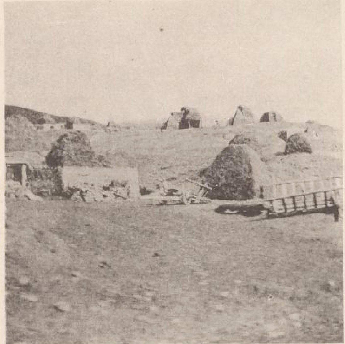 11. Севан. Армянская деревня. 25 октября