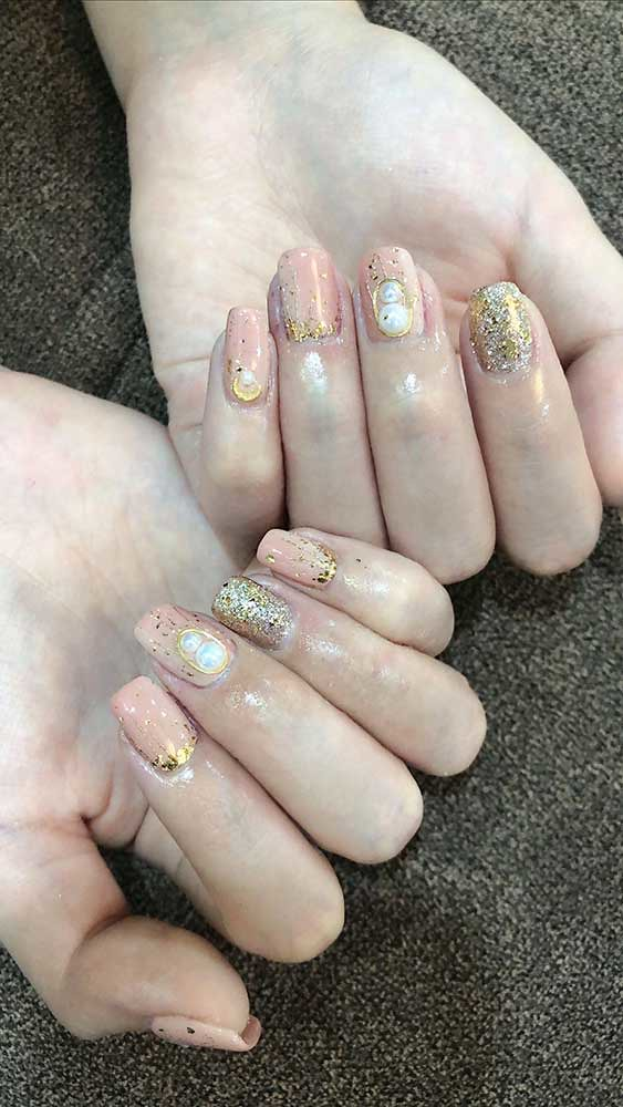7 Nail Designs to try in 2020- Pearl