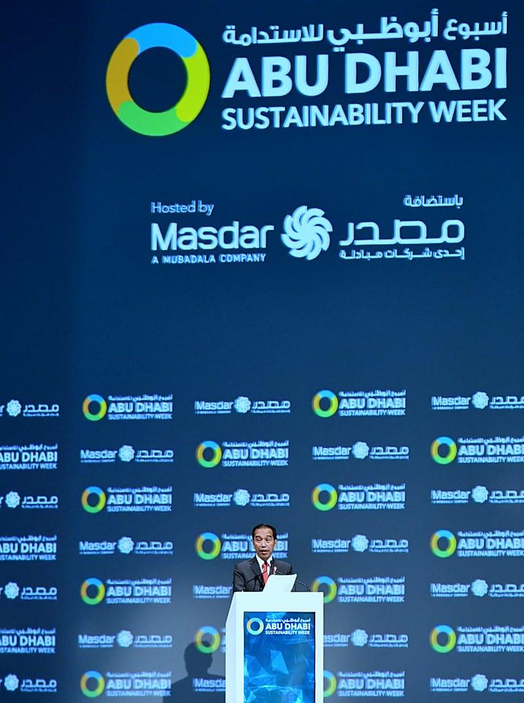 Jokowi di Abu Dhabi