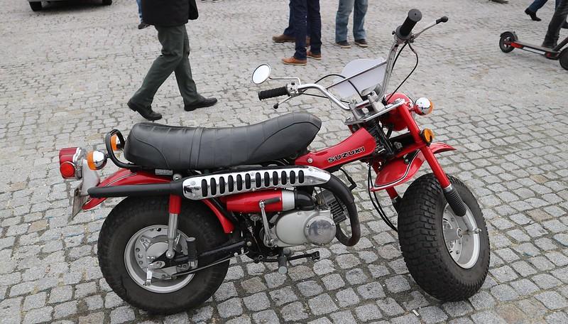 Suzuki  RV 90 VanVan 1972/1981 49383582658_69708cdcf6_c