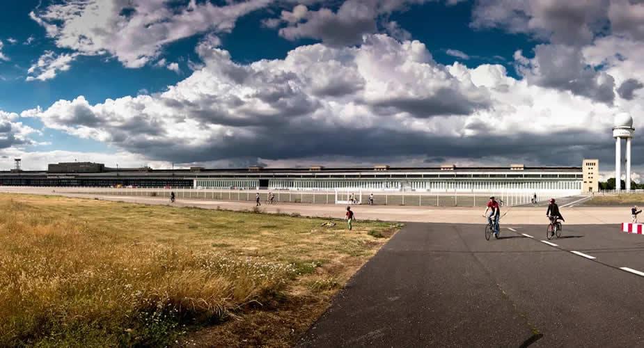 Bezienswaardigeden Berlijn: Vliegveld Tempelhof | Mooistestedentrips.nl