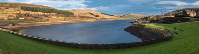 Woodhead Reservoir panorama
