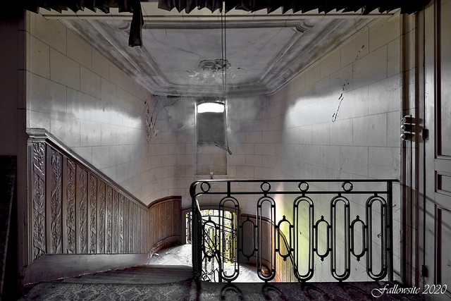 La meurtrière de l'escalier.