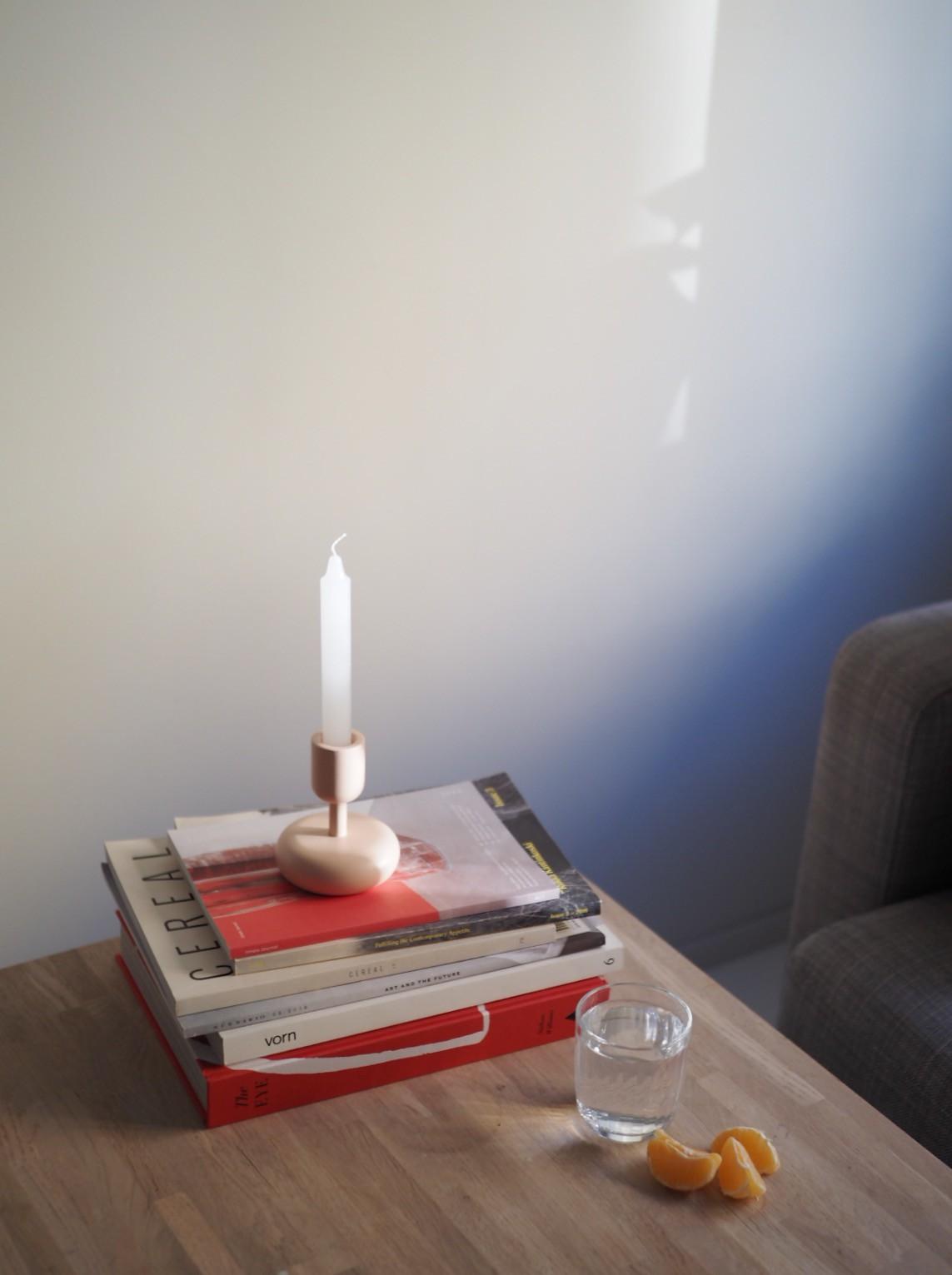 beige nappula-kynttilänjalka