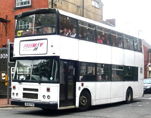 H699 PVW 'Freeway Coaches', Pinxton, Notts. Leyland Olympian / Alexander Belfast RH on Dennis Basford's railsroadsrunways.blogspot.co.uk'