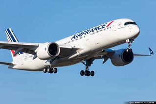 Air France Airbus A350-941 cn 381 F-WZNJ // F-HTYD