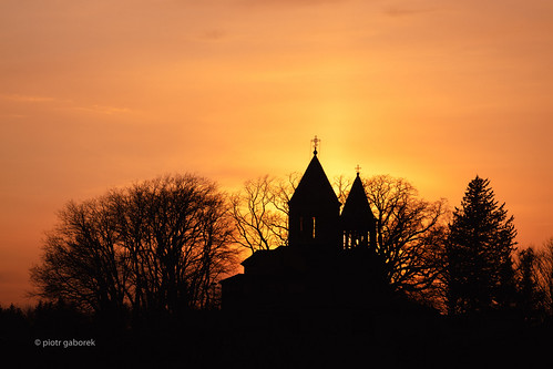 stgiorgi church kutaisi georgia georgian imereti sunset evening silhouette tree trees light sun orange sky europe european pietkagab photography piotrgaborek travel trip tourism sightseeing sonya7 adventure