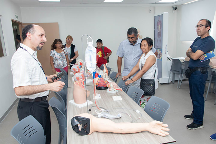 La carrera de Medicina Humana de USIL reunió a escolares en un simulacro del examen de admisión