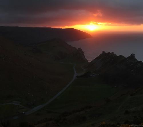 valleyofrocks uk exmoor emmiejgee landscapepassion canoneos80d canon24105mmf4 sunset roadtosunset