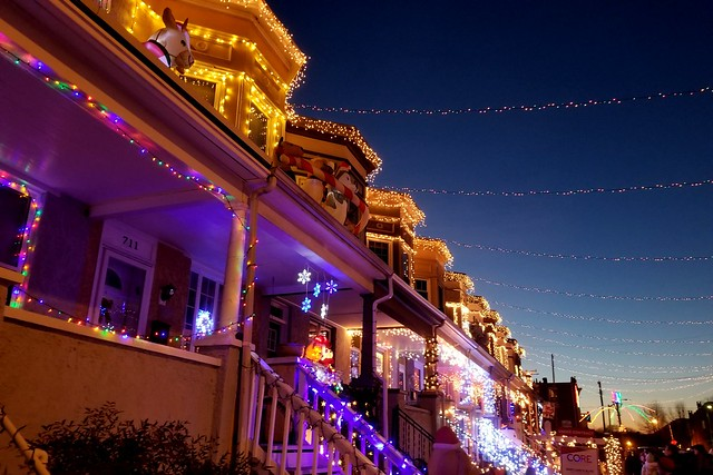Baltimore's Miracle on 34th Street [01]