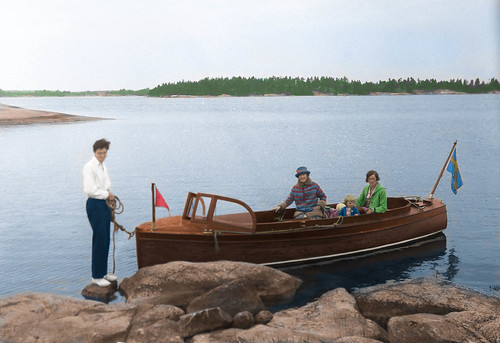 A boatride in the 1910s