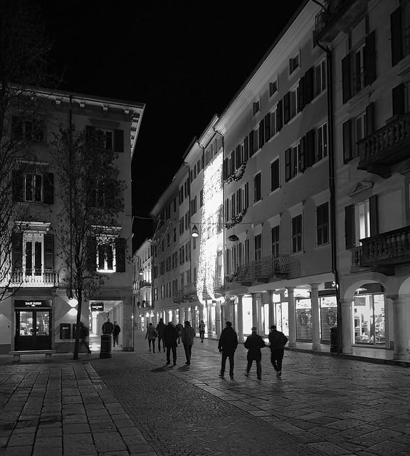 Building Lights, Varese - Explore