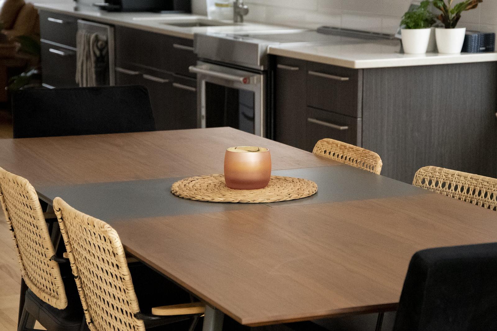 salle à manger mobilia table