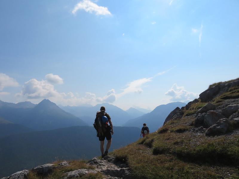 Engadin Nationaal Park, Huttentocht 50+
