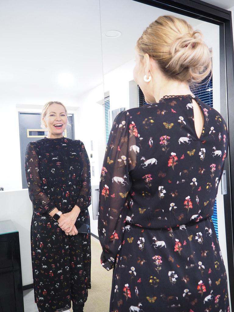 Midimittainen mekko, Business Woman