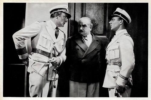 Hans Albers, Karl Ettlinger and Heinz Rühmann in Bomben auf Monte Carlo (1931)