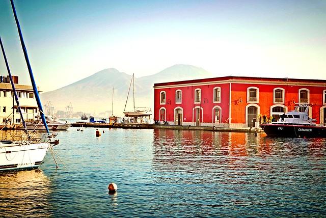 Napoli Darsena Vesuvio Molosiglio