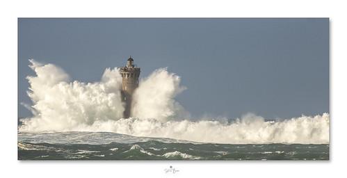 Tempête sur le phare du Four