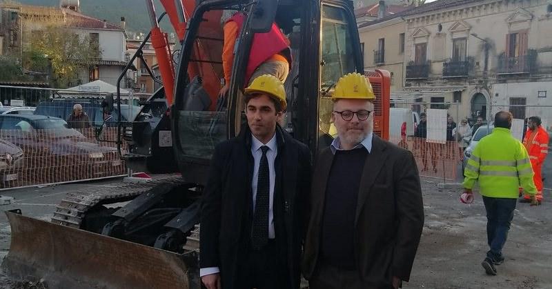 Sapri, opere pubbliche e infrastrutture. Le interviste realizzare da Daria Scarpitta in occasione della visita del consigliere regionale Luca Casone.