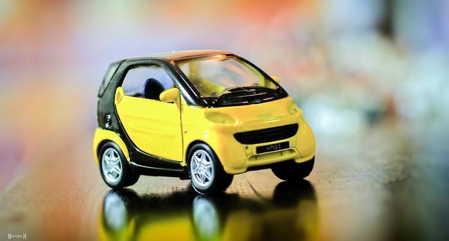 Yellow Smart - 7978