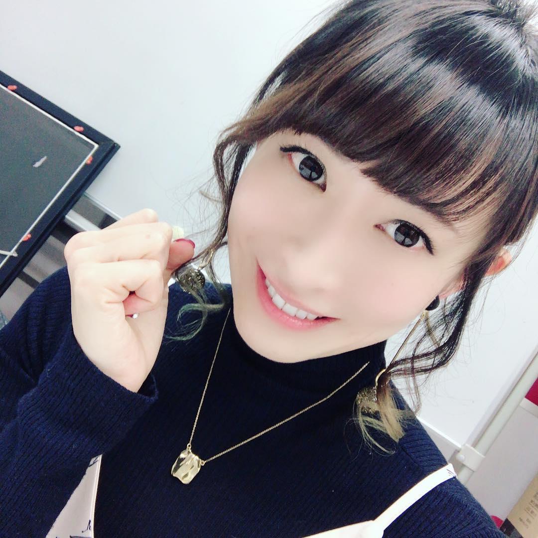 110222(2) - 人氣聲優「名塚佳織」在昨天幸福結婚、『2011年度第5回聲優獎[Seiyu Awards]』發表最新4個獎項!