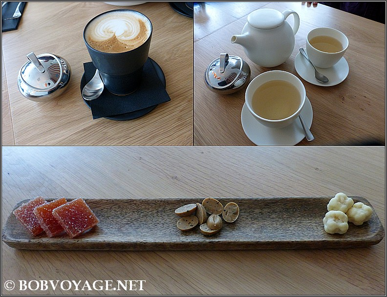 קפה , תה ופטיפורים ב- רביבה הקומה השנייה ( Reviva 2nd floor )