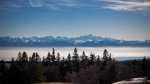 Petite pause pique-nique face au Mont-Blanc