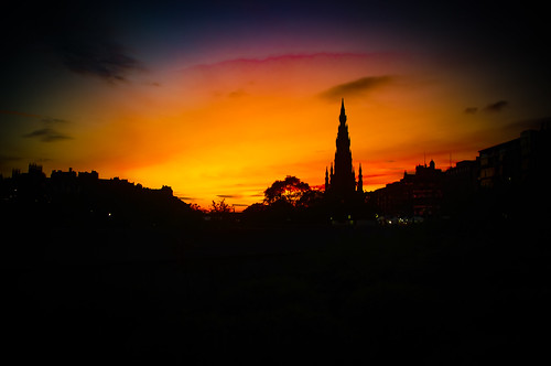 scotland pentax evening cityscape silhouette sunset black colours coloursofscotland edinburgh golden gold amber yellow purple blue red scott monument