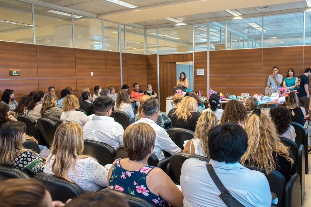 2020-01-15 DESARROLLO HUMANO: Presentacion Dirección Emprededor Social