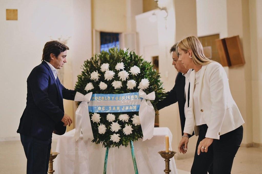 En la iglesia de Santo Domingo se recordó a las víctimas del terremoto de enero de 1944 (11)