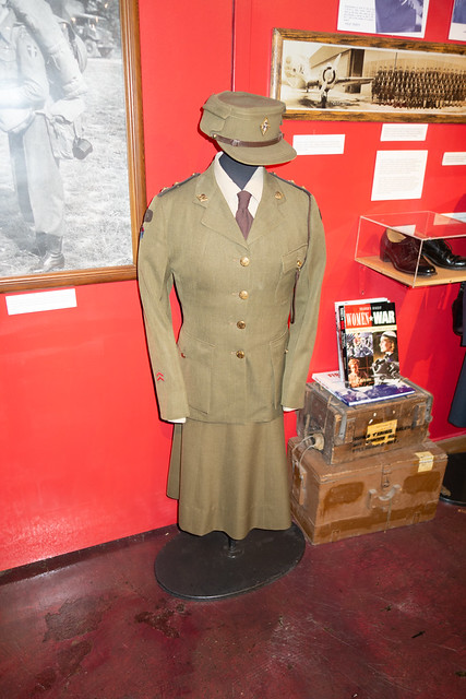 WWII Canadian women's dress uniform