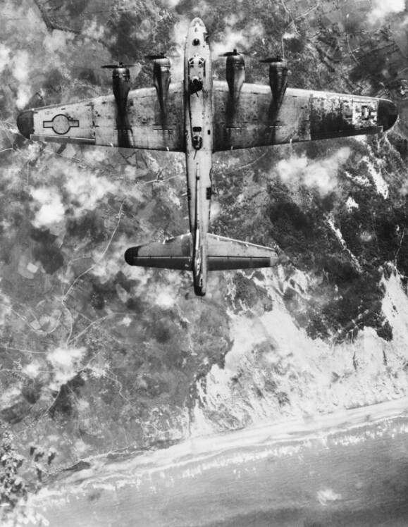 demons: A B-17G of the 100th Bomb Group bombing beach defences near Boulogne, as part of the 'Overlord' deception plan/5 June 1944.