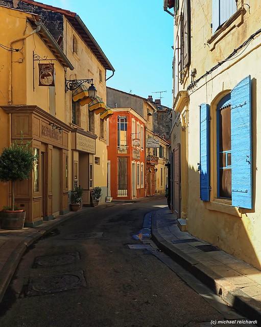 Gasse/Small lane/Ruelle Arles (FR)