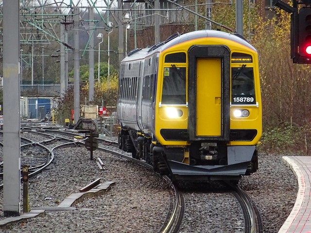 Northern 158789 @ Stoke-on-Trent