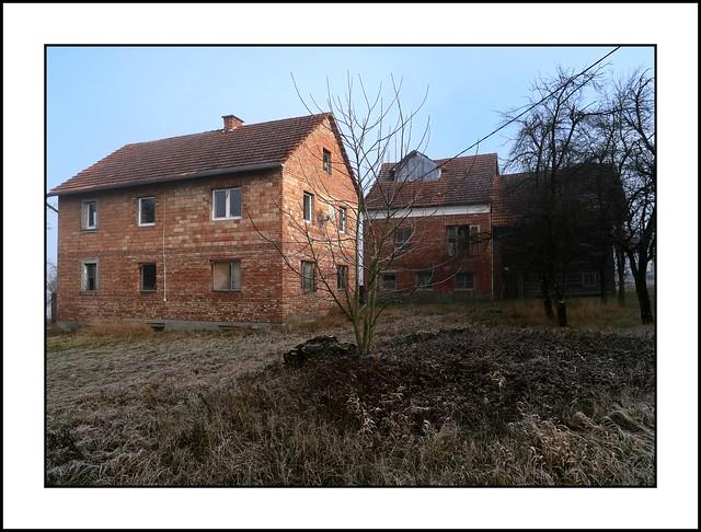 Innviertel - verlassenes und verfallendes Sacherl in Zwickledt