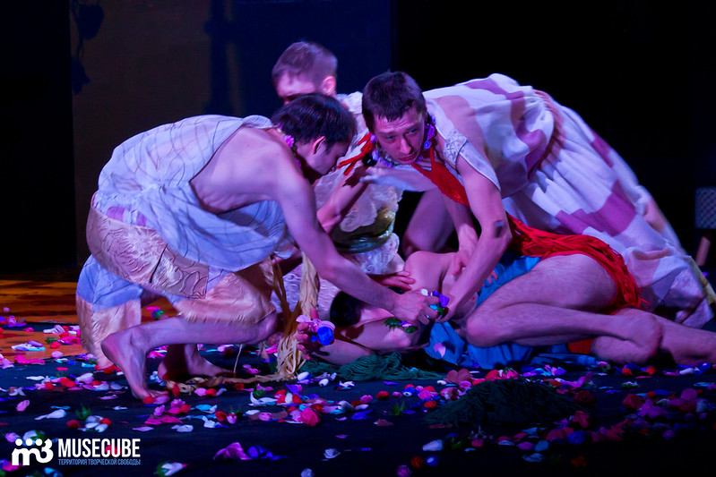 Kaligula_Koljada-Teatr-Teatralnyj_centr_na_Strastnom_028