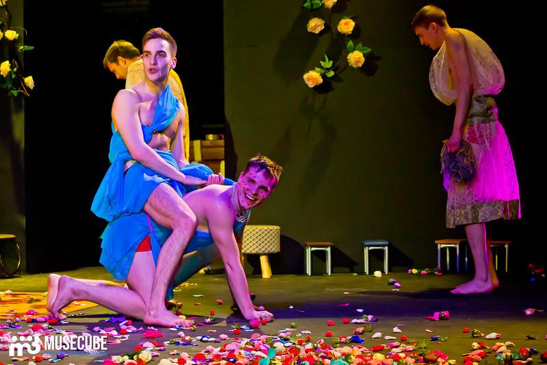 Kaligula_Koljada-Teatr-Teatralnyj_centr_na_Strastnom_023
