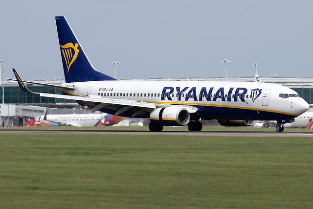 EI-DPJ Ryanair B737-800 London Stansted Airport
