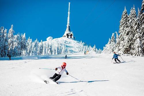 Přijeďte si zalyžovat do Ski areálu JEŠTĚD s 25% slevou