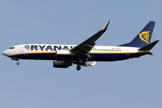 EI-DLJ Ryanair B737-800 London Stansted Airport