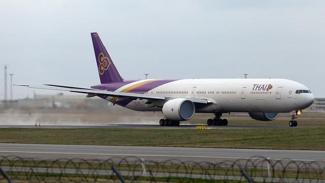 Thai Airways Boeing 777-3ALER HS-TKK