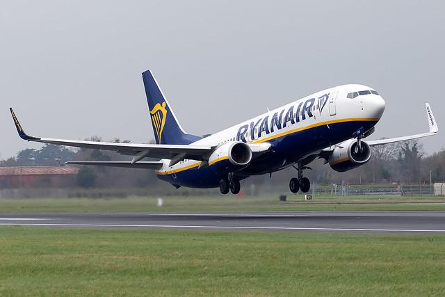 EI-FRV Ryanair B737-800 Dublin Airport