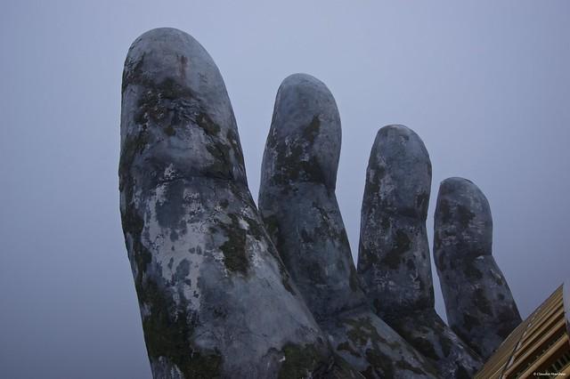 IMGP5720 Fingers, Golden Hands Bridge