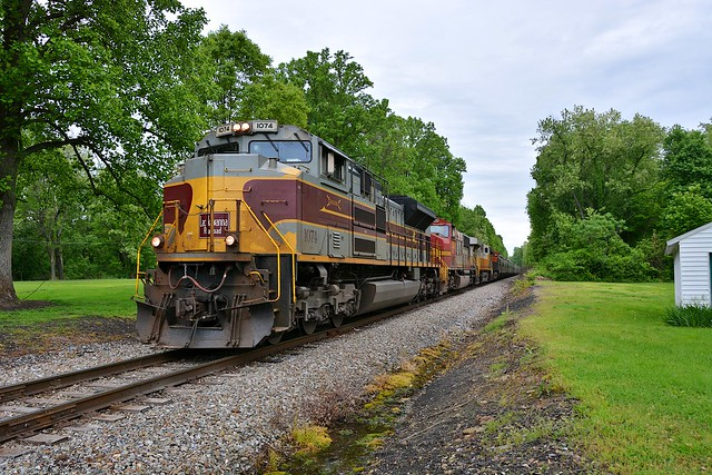 NS 1074 SB Sand Train. Fairchance, PA