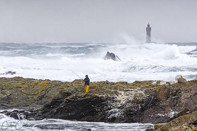 Le pêcheur et la tempête
