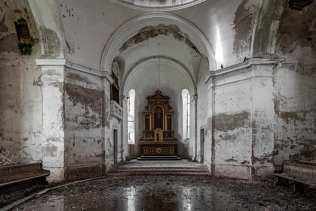 Big Mosoleum 03